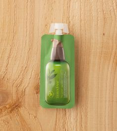 (travel size)The green tea seed serum::A moisturizing and nourishing serum containing eco-friendly…