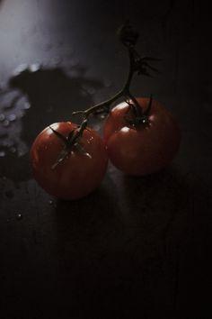 Early roasted tomato soup Roasted Tomato Soup, Roasted Tomatoes, Cream Of Tomato Soup, Van, Vegetables, Vans, Vegetable Recipes, Veggies
