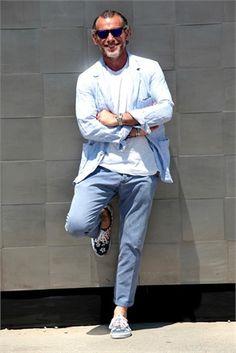 Pics via Muzi v Cesku , Tommy Ton , A and H Magazine and Vogue Italy. Fashion Week, Fashion Looks, Street Fashion, Site Mode, La Mode Masculine, Gents Fashion, Mature Fashion, Inspiration Mode, Street Style