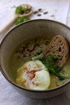 Deixa entrar o sol Hummus, Ethnic Recipes, Kitchen, Sun, Ethnic Food, Cooking, Kitchens, Cuisine, Cucina