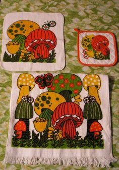 mushroom kitchen decor | Funky Fungi 70s Mushroom Kitchen Towel Set