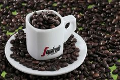 Adorable, new, old, recycled, big or small. Our coffee goes with a good cup. Share this cup!