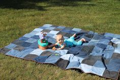 Outdoor Picnic Quilt - Easy recycling tutoorial for old jeans