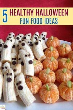 5 Healthy Halloween Fun Food Ideas Halloween doesn't have to be only about eating candy. Create delicious and healthy treats everyone will love with these 5 Healthy Halloween Fun Food Ideas. Halloween Fruit, Halloween Food For Party, Halloween Treats, Diy Halloween, Halloween Potluck Ideas, Voodoo Halloween, Halloween Bedroom, Healthy Halloween Snacks, Halloween Chocolate