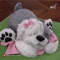 fancy credit card Dog Cakes Compilation - Dog themed cake for all you furball lovers Credit: Zoes Fancy Cakes - Cake Decorating Videos, Cake Decorating Techniques, Dog Cakes, Cupcake Cakes, Cute Cakes, Yummy Cakes, Zoes Fancy Cakes, Animal Cakes, Cake Videos