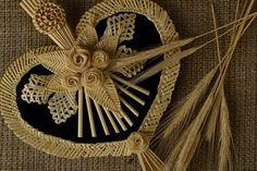 Wanddeko - Stroh Wandbild in Form vom Herz - ein Designerstück von EthnischeGeschenke bei DaWanda