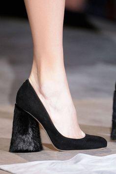 #vrouwentip. Wat een geweldige hak. #schoenen.
