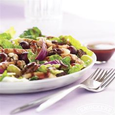 Grilled Chicken Salad with Grape Vinaigrette from Smucker's®