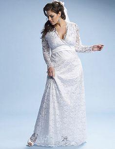 """Une robe de mariée grande taille en dentelle, """"Analisa Lace"""" par Kiyonna"""