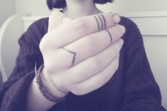 The photo came from: http://fyeahstick-n-poke.tumblr.com/image/66982527115 , but i made the picture look better ;) #fingertattoo #lines