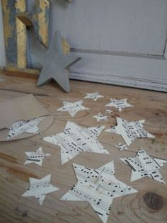This would make tin star ornaments that I pinned the other day just modge podge copies of your favorite holiday sheet music to it. I know a friend with the initials CS that would love these!!!