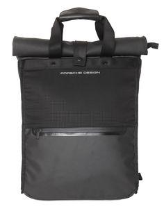 ブラックナイロンバックパック PORSCHE DESIGN SPORT - WATERPROOF NYLON BACKPACK - BLACK | PORSCHE DESIGN SPORT パルシェデザインスポーツ | メンズ - バッグ(Bag) - バックパック | BLACK | 海外通販ならLASO(ラソ)