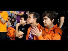 Voluntarios en acción - YouTube