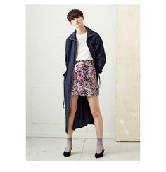 Discover the latest women's fashion trends at H&M. Shop women's clothing and accessories and get inspired by the latest fashion trends. Latest Fashion For Women, Latest Fashion Trends, Womens Fashion, Sequin Skirt, Bomber Jacket, Clothes For Women, Lady, Pretty, Skirts
