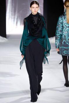 Valentin Yudashkin   Paris Fashion Week   Fall 2016