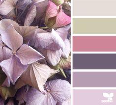 Petaled Hues - http://design-seeds.com/home/entry/petaled-hues5