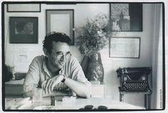 Stella distante. L'ultima intervista di Roberto Bolaño http://mirumir.blogspot.it/2010/01/stella-distante-lultima-intervista-di.html