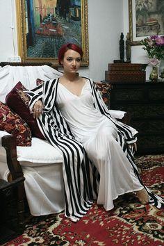 Black and White Stripe Robe Honeymoon Bridal by SarafinaDreams