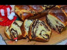 Reteta de Cozonac fara Framantare - YouTube Delicious Desserts, Yummy Food, Jacque Pepin, Romanian Food, Pastry And Bakery, Sugar Rush, Beignets, Grubs, Cake Recipes
