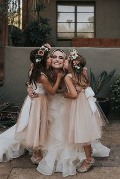 A Colorful Arizona Sunset Wedding featured on Junebug Weddings – hacks shoes Sunset Wedding, Wedding Pics, Wedding Couples, Wedding Gowns, Flower Girl Photos, Tulle Flower Girl, Flower Girl Dresses, Princess Flower, Tea Length