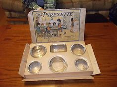 vintage Pyrexette set circa 1919 Omg I want this!!!