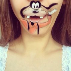 Makeup Artist Transforms Her Face Into Disney Characters.
