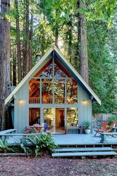 What is the Tiny House Movement? Best Tiny House Rentals, 2020 - - What is the tiny house movement? Learn about tiny house living and check out the best tiny house rentals for Living big in a tiny house ain't bad! Haus Am See, Magical Home, Cabin In The Woods, Cabin With Loft, A Frame House, Cabins And Cottages, Small Cabins, Small Cottages, Tiny Log Cabins