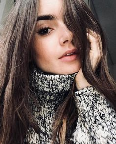 the beauty of error. Lily Collins, Sandra Bullock, Stunningly Beautiful, Beautiful Women, Ashley Richardson, Gamine Style, Without Makeup, Perfect Woman, Beauty Routines