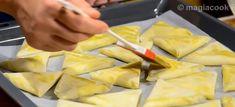 Τυροπιτάκια με φύλλο κρούστας | magiacook Pineapple, Fruit, Food, Pine Apple, Essen, Meals, Yemek, Eten