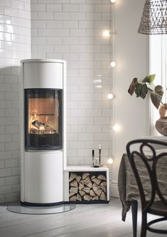Ecodesign Ready Stoves by Contura The Interior Editor Ecodesign Ready Stoves by Contura The Interior Editor Anni Gerster annigerster Living Ecodesign Ready Stoves by Contura Using nbsp hellip Modern Log Burners, New Stove, Layout Design, Wood Burner, Fireplace Design, Fireplace Ideas, Cuisines Design, Modern Interior Design, Home And Living