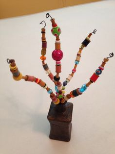 Spool and thread wire art