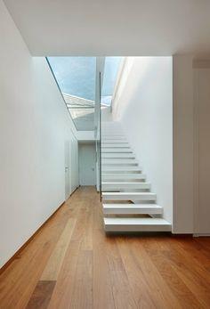 Apartment K, Bolzano, 2012 - monovolume architecture + design Stairs And Staircase, Staircase Design, Stairway, Staircases, Modern Skylights, Minimalist Design, Modern Design, Architecture Design, Interior Stair Railing