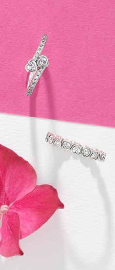 Sterling silver PANDORA hearts are the perfect add-on for your fingers.