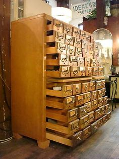omg card catalog! my heart skips a beat at the sight of it. no idea what i am going to store in this, but i want one someday!!!