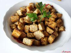 crutoane cu ulei aromat Toast, Ethnic Recipes, Food, Salads, Essen, Meals, Yemek, Eten