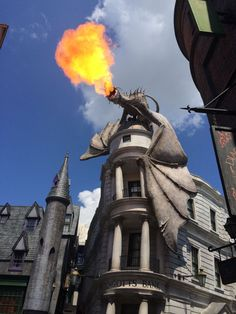 Diagon Alley Wizarding World of Harry Potter Universal Studios Secrets - Harry Potter Wizarding World Set Secrets