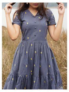 Frock Fashion, Indian Fashion Dresses, Girls Fashion Clothes, Indian Gowns Dresses, Fashion Outfits, Womens Fashion, Stylish Dresses For Girls, Stylish Dress Designs, Frocks For Girls