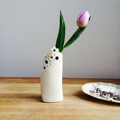 Sometimes a single bloom is all that's needed. Minimalist porcelain sea-foam vase is the perfect match for this tulip.   Vase is available in my #etsy shop for £45 plus P&P