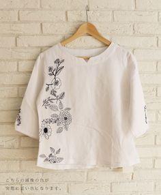 【楽天市場】【再入荷♪10月13日12時&22時より】●●「french」モノトーンの花刺繍トップス:cawaii
