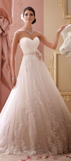 David Tutera For Mon Cheri Spring 2015 Bridal Collection | http://www.jexshop.com/