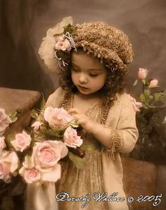 """""""Grow in grace, and in the knowledge of our Lord and Saviour Jesus Christ."""" 2 Peter """"Grow in grace""""–not in one grace only, but in all grace. Vintage Children Photos, Images Vintage, Photo Vintage, Look Vintage, Vintage Girls, Vintage Pictures, Vintage Photographs, Vintage Beauty, Old Pictures"""