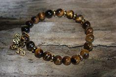 Bracelet le ''Harmonie''  Bracelet de pierres semi-précieuse œil de tigre avec insertion de couleur or avec pendentif abeille.