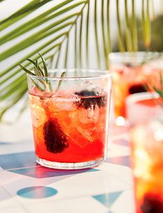 The 7 cocktails you need to know how to make this summer - Front + Main