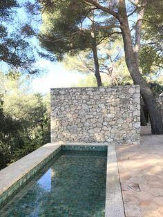 Small Backyard Pools, Small Pools, Swimming Pools Backyard, Swimming Pool Designs, Garden Pool, Pool Landscaping, Swiming Pool, Outdoor Garden Lighting, Modern Pools