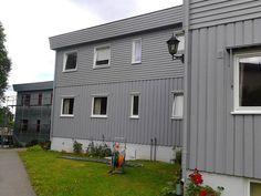 #Nymalt #rekkehus #grå