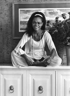 Eartha Kitt's daughter Kitt Shapiro One of the most interesting and informative interviews I've ever seen. Eartha Kitt Daughter, Classic Hollywood, Old Hollywood, Kitt Shapiro, Now Quotes, Motivational Quotes, Vintage Black Glamour, Beautiful Black Women, Simply Beautiful