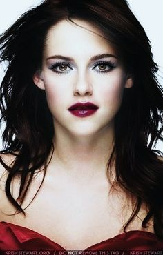 she annoys me, but this is fairly stunning (snow white & the huntsman)