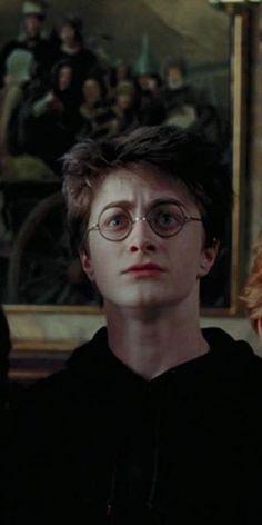 Mundo Harry Potter, Harry Potter Wizard, Harry Potter Draco Malfoy, Harry James Potter, Harry Potter Pictures, Harry Potter Fandom, Harry Potter Characters, Harry Potter World, Harry Potter Hogwarts
