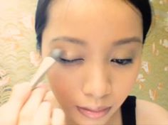 How-to for wet-on-wet eyeshadow technique #Makeup #Beauty #MichellePhan