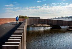 Vleermuisbrug in gebruik genomen - architectenweb.nl